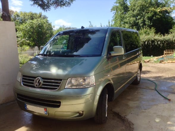 location minibus volkswagen transporter combi 2003 diesel 7 places lod ve route de millau. Black Bedroom Furniture Sets. Home Design Ideas