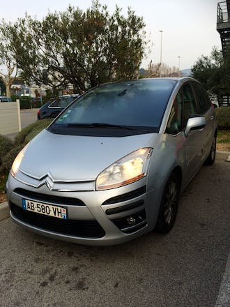 location citroen c4 picasso 2009 diesel toulon 88 rue de la cassine. Black Bedroom Furniture Sets. Home Design Ideas