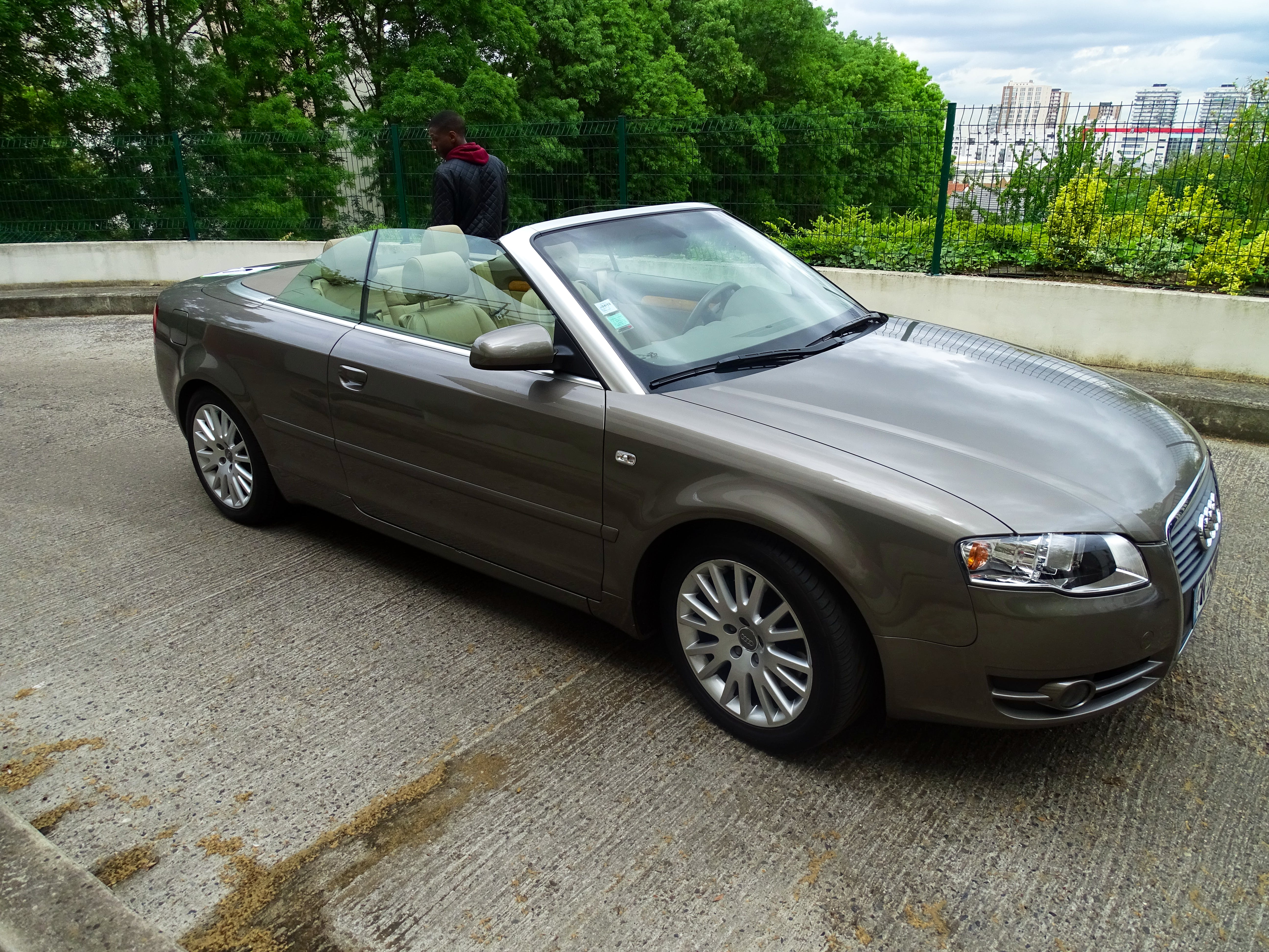 Audi A4 CABRIOLET 2.0 TFSI AMBITION LUXE 200 CV avec Climatisation