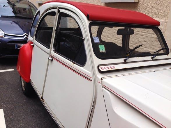 location citroen 2cv 1986 nantes rue talensac. Black Bedroom Furniture Sets. Home Design Ideas