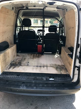 location utilitaire renault kangoo express 2012 diesel toulouse 4 chemin du raisin. Black Bedroom Furniture Sets. Home Design Ideas