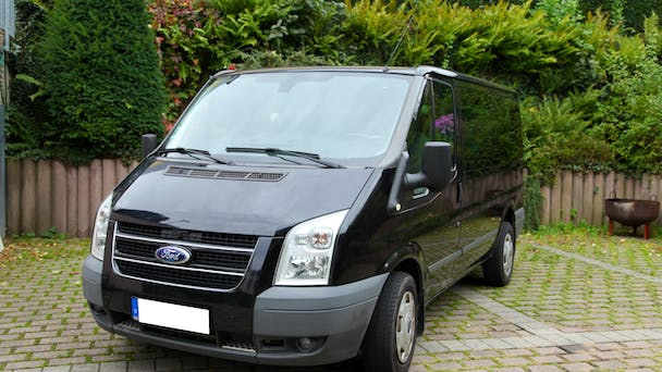 van ford transit kombi 2008 diesel 8 sitze in stuttgart. Black Bedroom Furniture Sets. Home Design Ideas