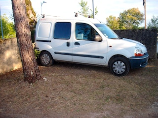 location renault kangoo express diesel cahors. Black Bedroom Furniture Sets. Home Design Ideas