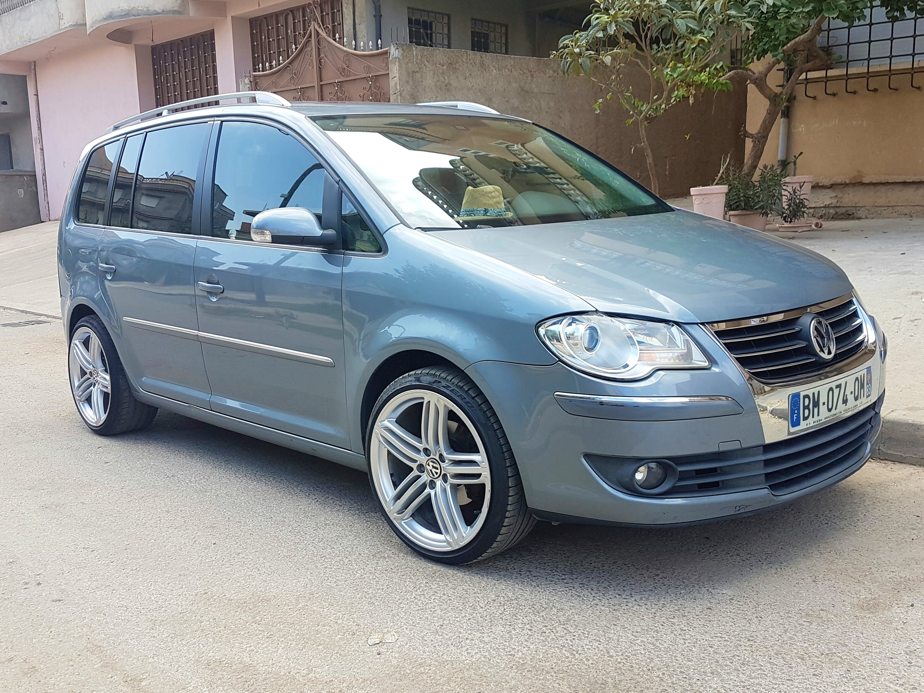 Volkswagen Touran  7places, 2007, Diesel, automatique, 7 places