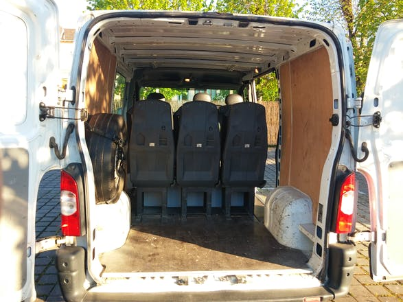 Location minibus renault master combi 2008 diesel 9 places malz ville 11 rue du g n ral de - Location minibus 9 places carrefour ...