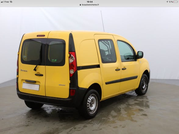 location utilitaire renault kangoo 2011 diesel paris 4 rue d 39 al sia. Black Bedroom Furniture Sets. Home Design Ideas