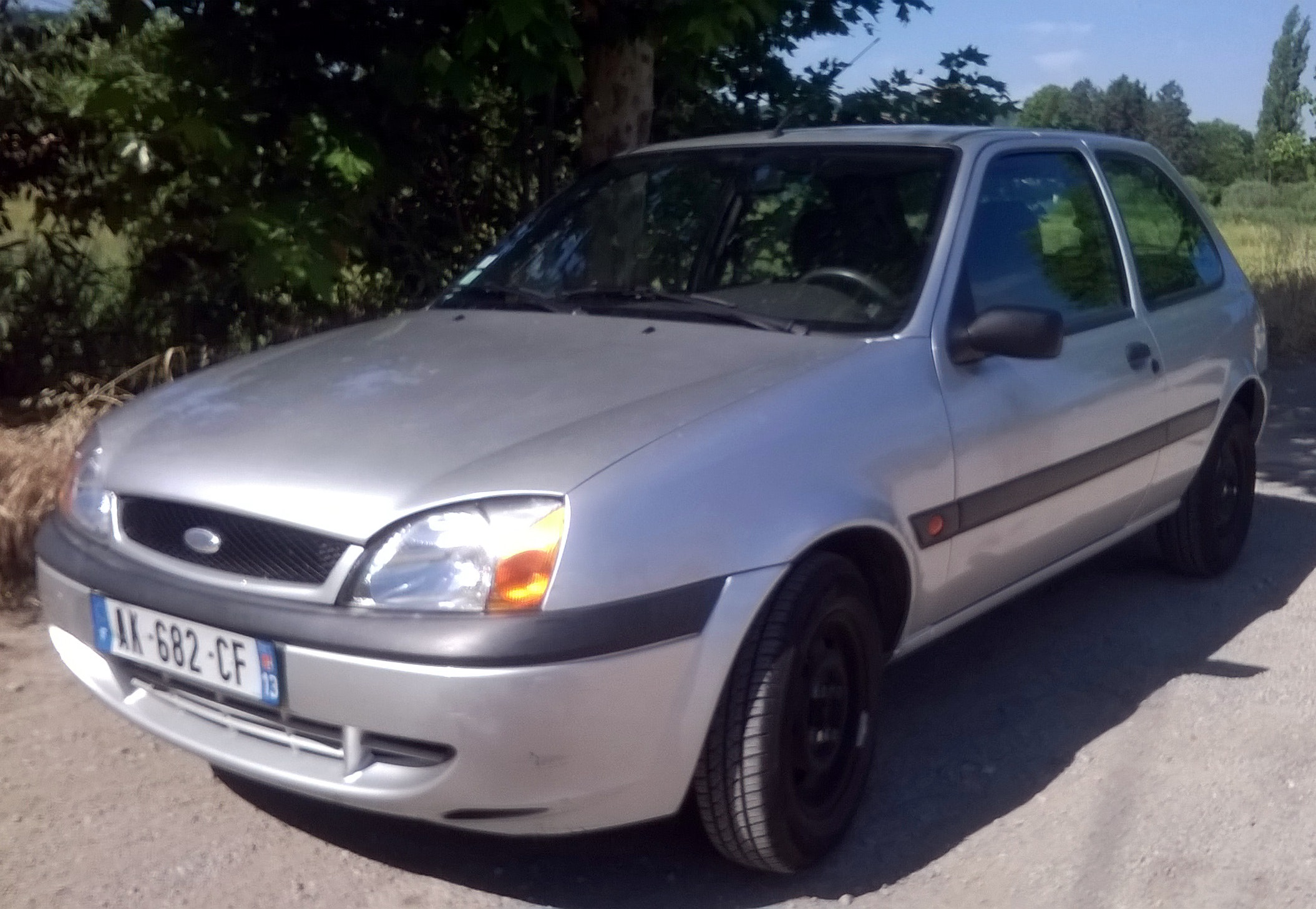 Ford Fiesta, 2001, Essence