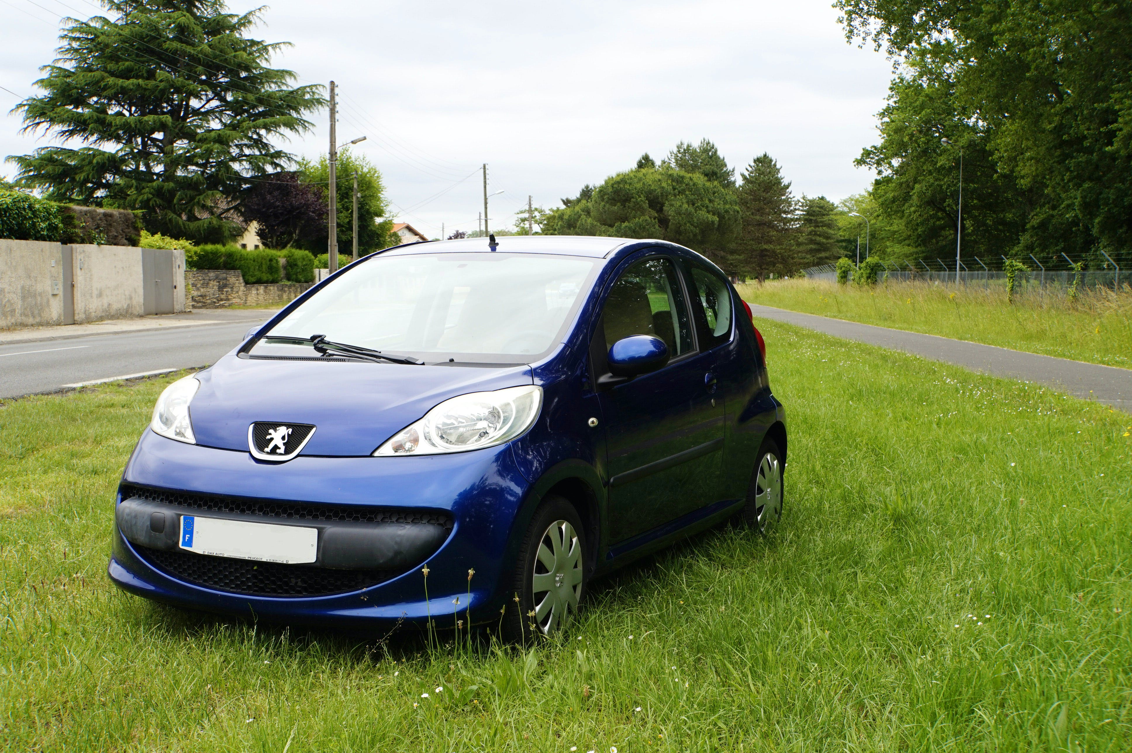 Peugeot 107 TRENDY Clim (Gare, Aeroport, Centre etc...), 2008, Essence