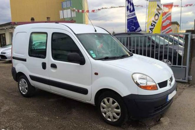 location utilitaire renault kangoo express 2003 diesel montpellier 17 rue calvin. Black Bedroom Furniture Sets. Home Design Ideas