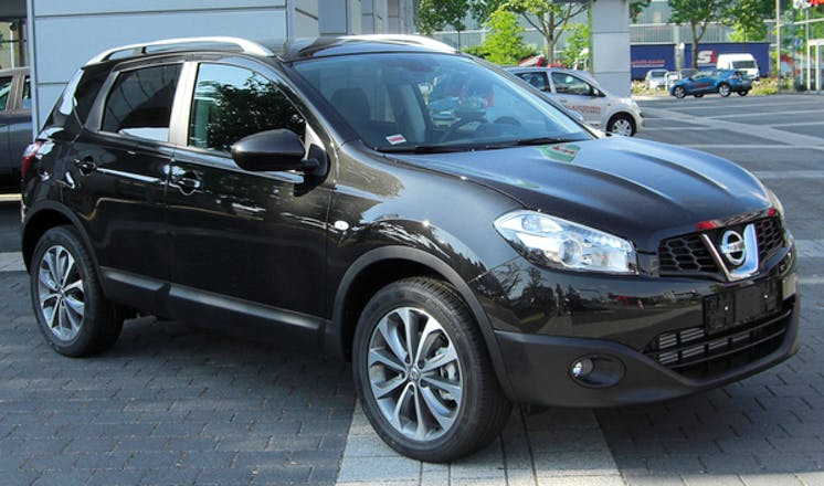 location nissan qashqai 2013 diesel rouen 73 route de lyons la for t. Black Bedroom Furniture Sets. Home Design Ideas