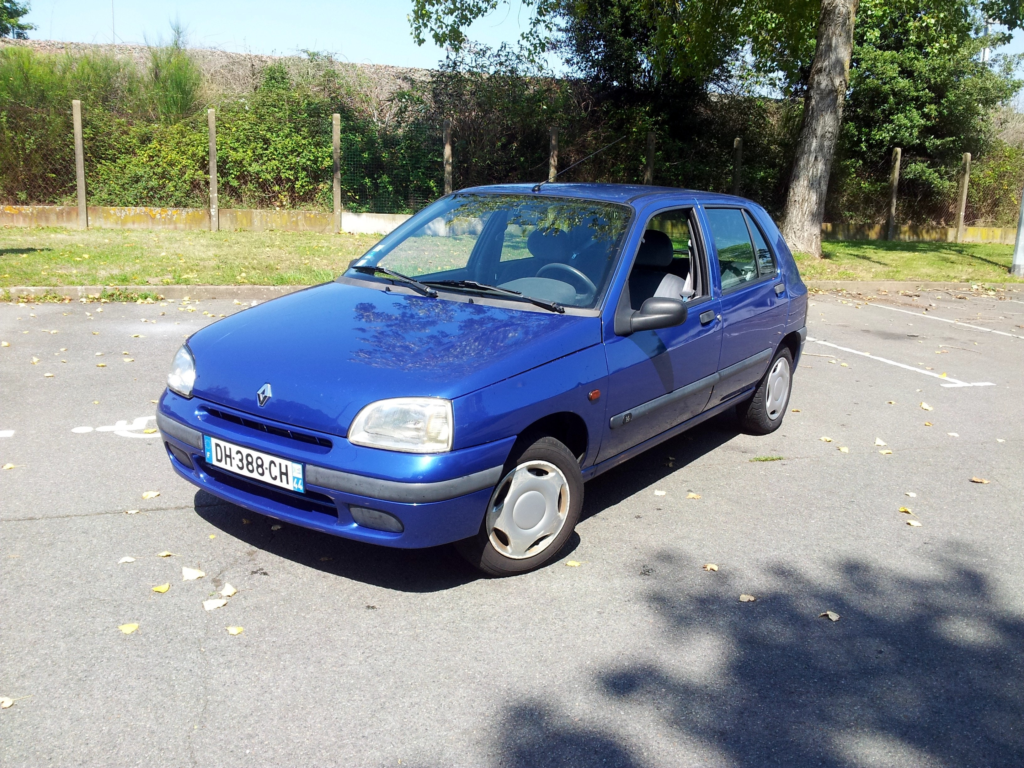 RENAULT CLIO 1,4L  Phase I - Type II, 1998, Essence