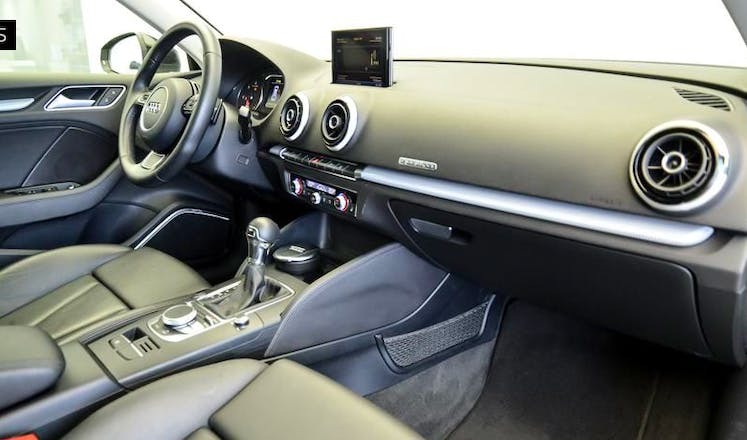 location audi a3 sportback 2013 automatique maisons alfort maisons alfort les juilliottes. Black Bedroom Furniture Sets. Home Design Ideas