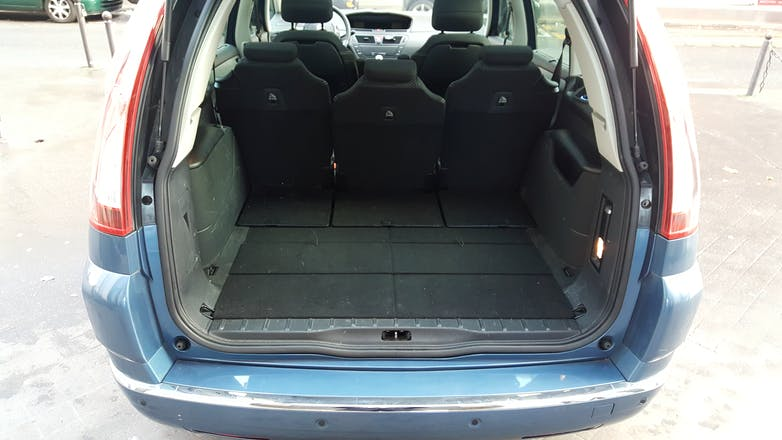 location citroen c4 grand picasso 2010 diesel 7 places. Black Bedroom Furniture Sets. Home Design Ideas