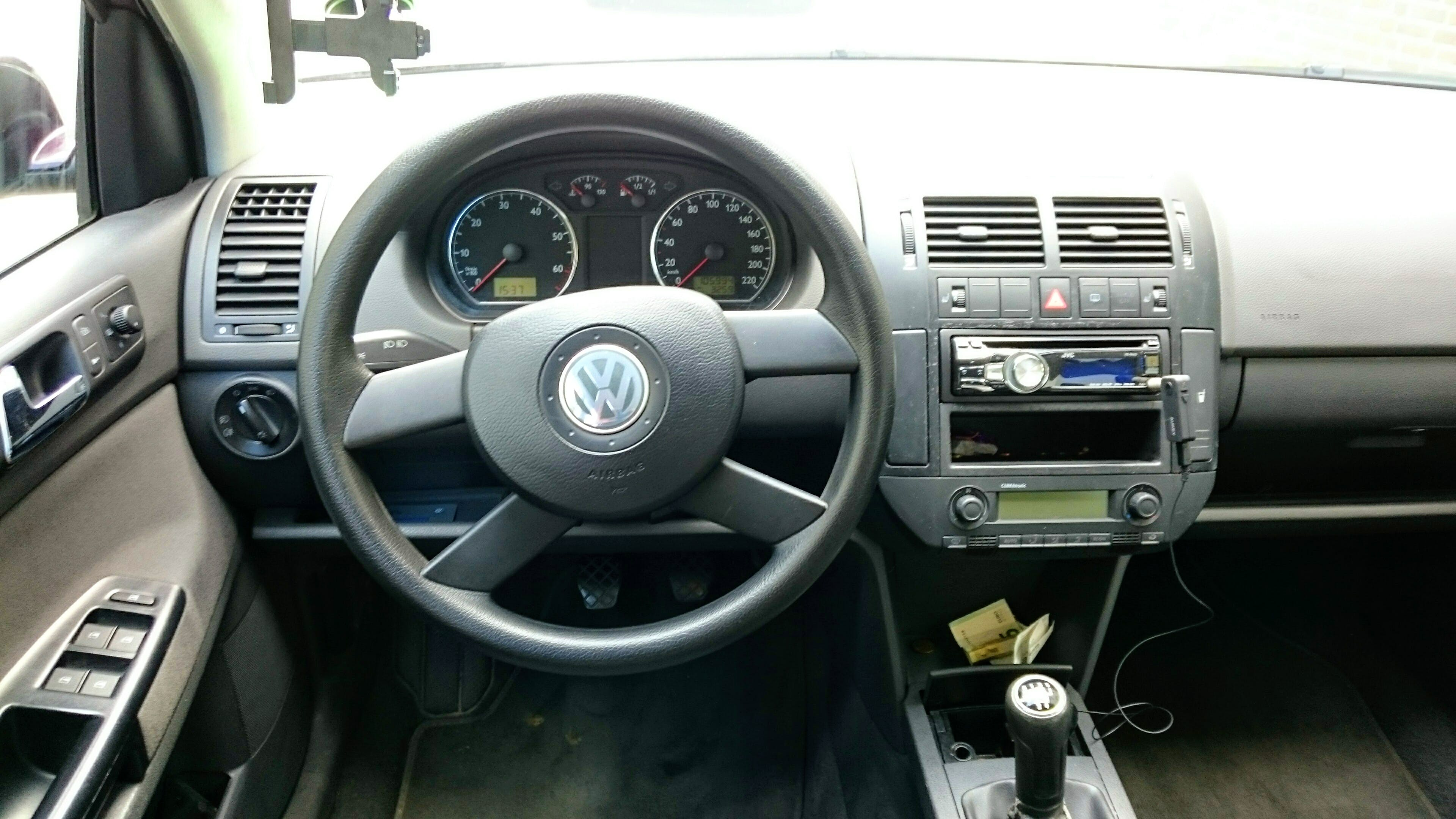 Volkswagen Polo 1.4 mit Audio-/iPod-Zugang