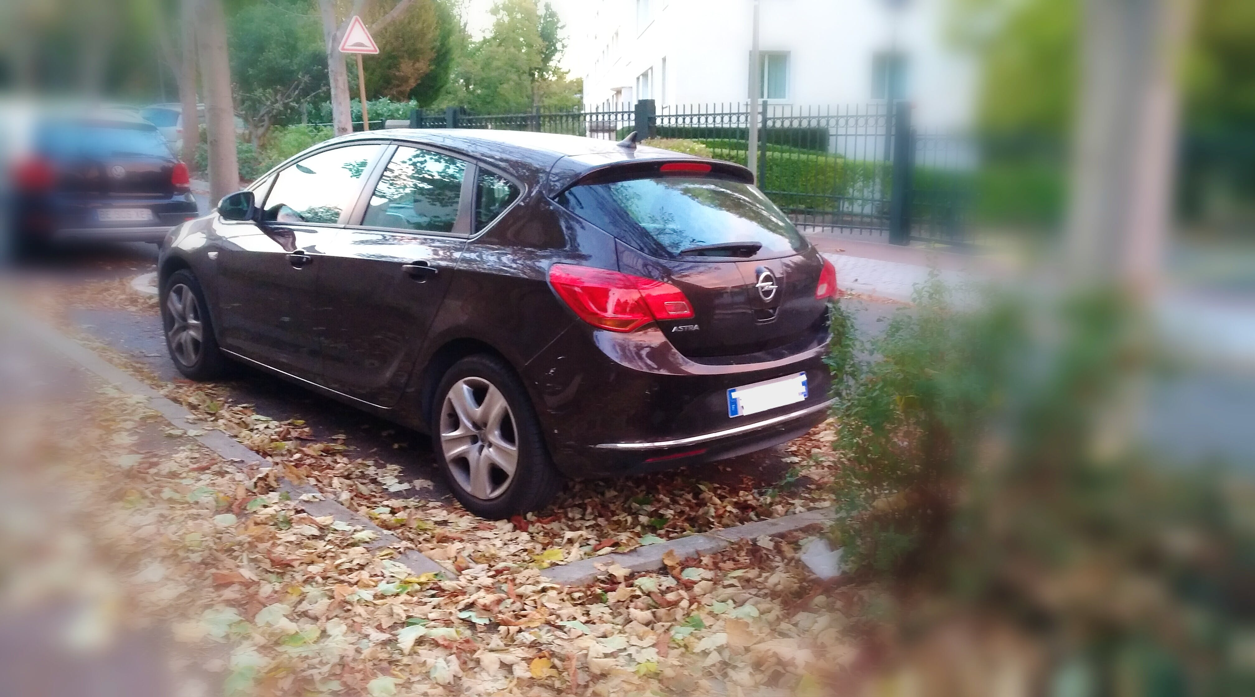 Opel Astra 1.4 Twinport 100 ch Edition avec Entrée audio / iPod
