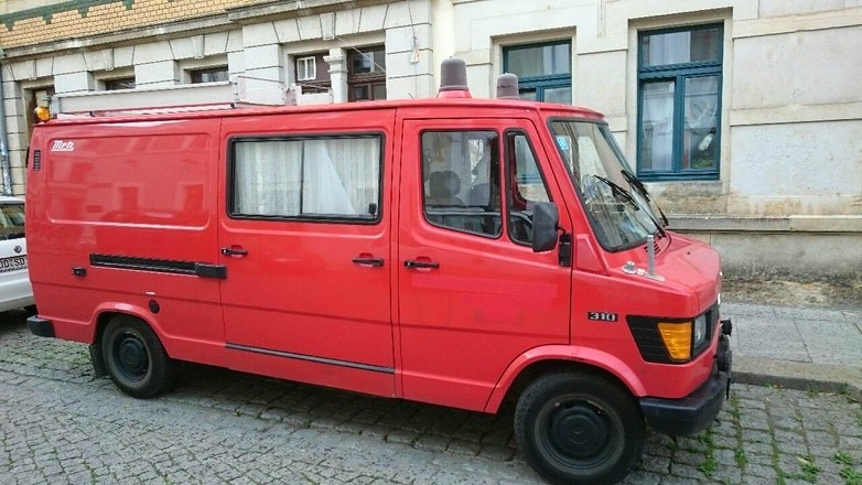 transporter mercedes tn fourgon 1988 autogas lpg mieten in dresden sch nfelder str 10. Black Bedroom Furniture Sets. Home Design Ideas