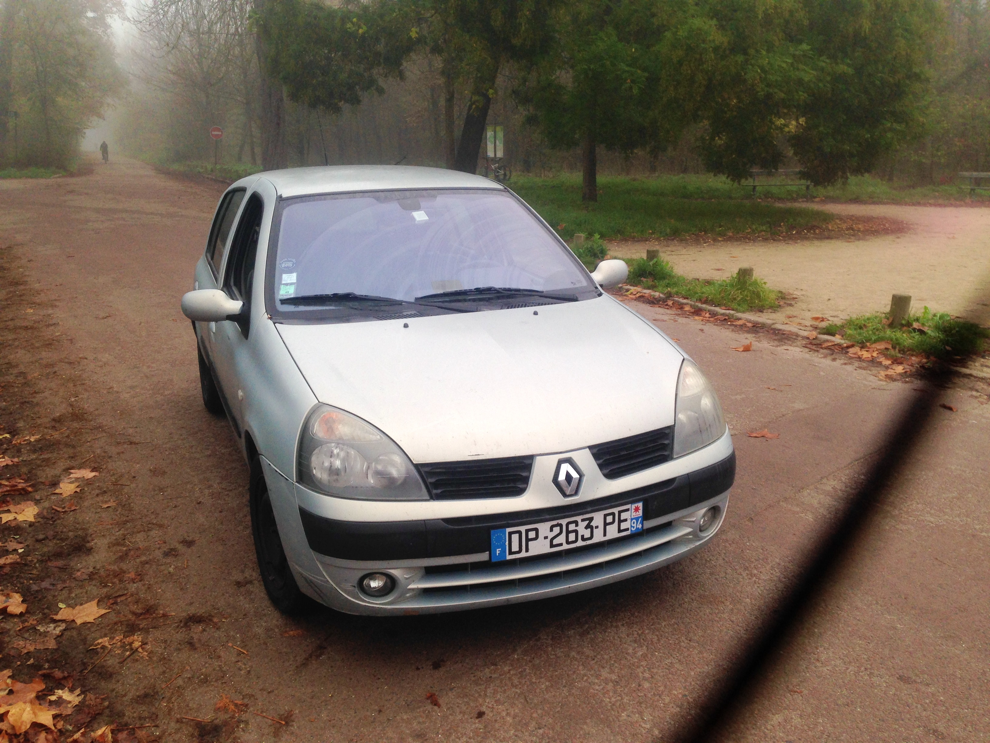 Renault Clio II 1.4 16V Automatique 2004, 2004, Essence, automatique - Citadine Paris (75)