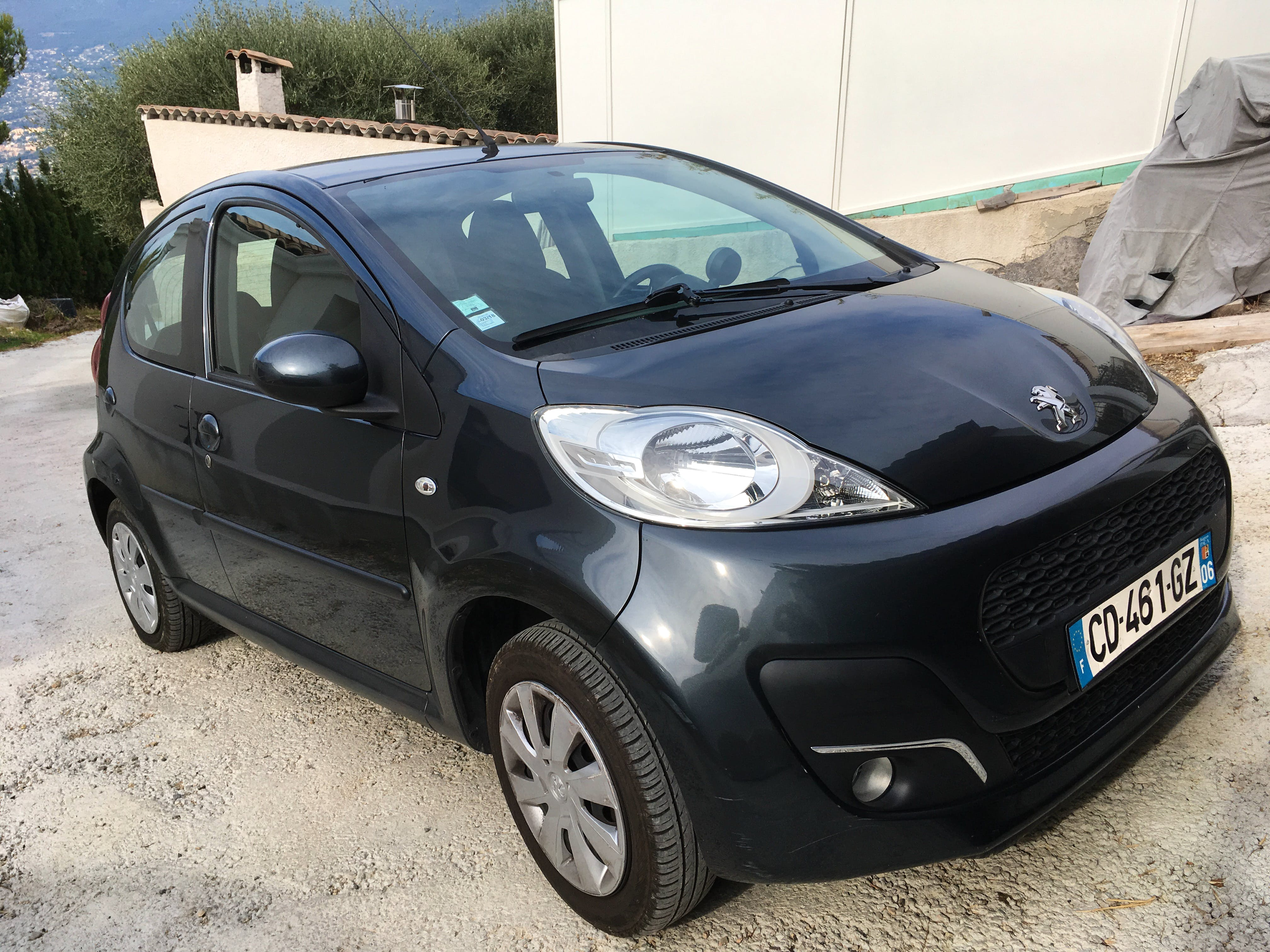 Peugeot 107 1.2, 2012, Essence, automatique