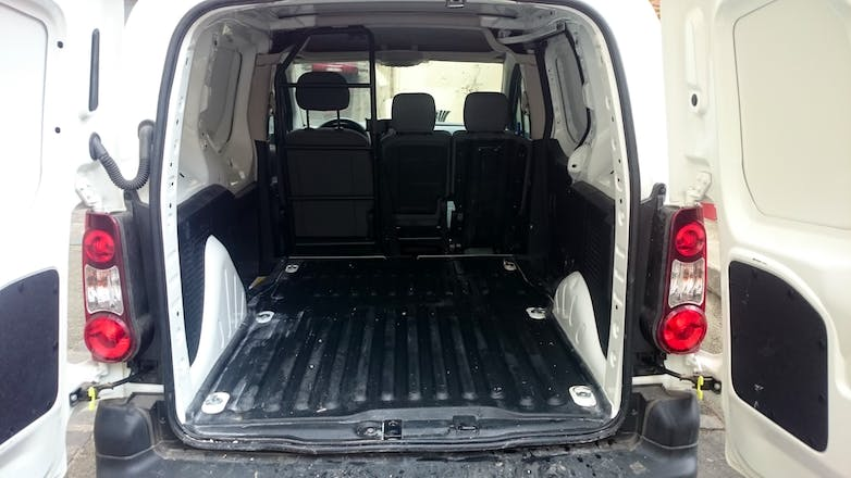 location utilitaire citroen berlingo 2015 diesel. Black Bedroom Furniture Sets. Home Design Ideas