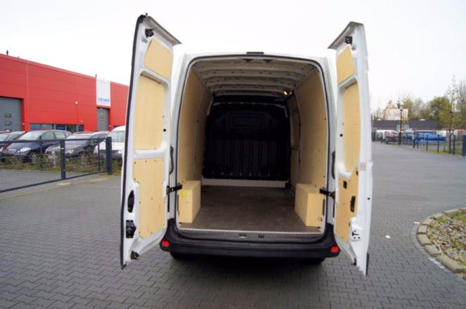 transporter renault master 2016 diesel in berlin kynaststra e mieten. Black Bedroom Furniture Sets. Home Design Ideas