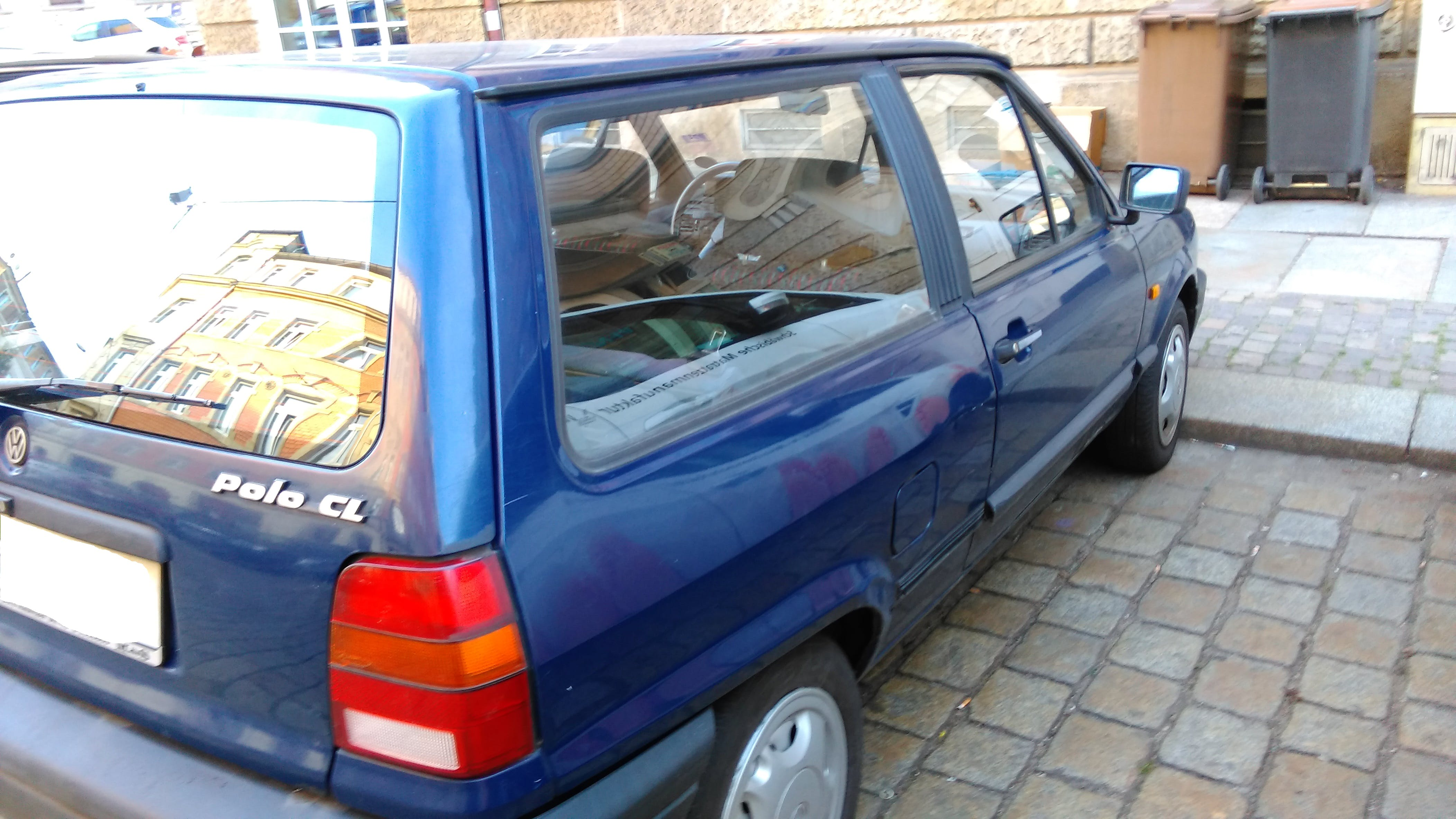 Volkswagen Polo 86c 2F mit Audio-/iPod-Zugang