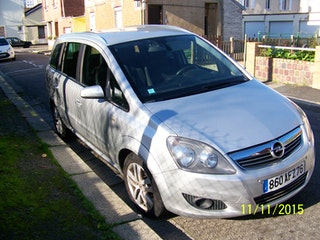 location opel zafira 2008 diesel 7 places le havre 1 passage d 39 aix. Black Bedroom Furniture Sets. Home Design Ideas