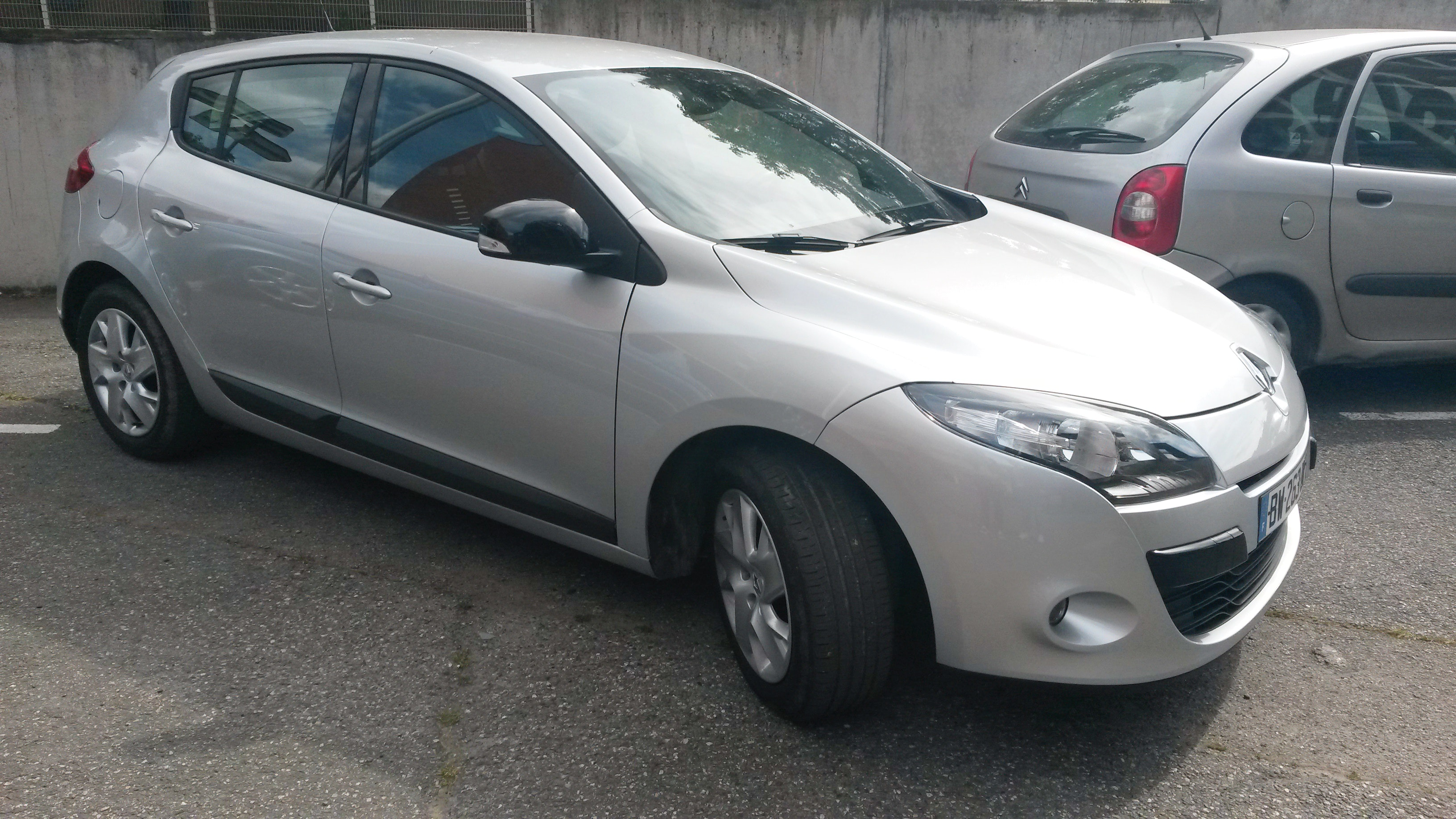 RENAULT MEGANE III DCI 110 CV EXPRESSION CHAMPION 2011, 2011, Diesel - Berline Toulouse (31)