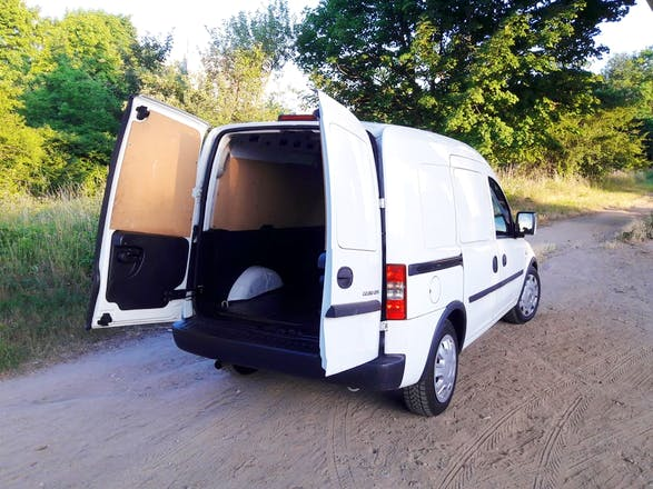 transporter opel combo 2011 diesel in ludwigshafen am rhein sommerfeldweg mieten. Black Bedroom Furniture Sets. Home Design Ideas