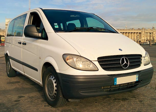 location minibus mercedes vito tourer 2005 diesel 9 places paris louvre rivoli paris france. Black Bedroom Furniture Sets. Home Design Ideas