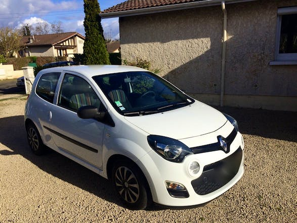location utilitaire renault twingo soci t 2013 diesel mont de marsan 10 avenue du muguet. Black Bedroom Furniture Sets. Home Design Ideas