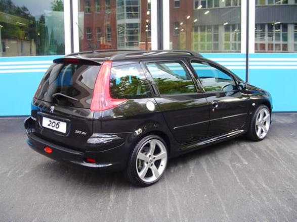 location peugeot 206 sw 2006 diesel angoul me 285 rue de p rigueux. Black Bedroom Furniture Sets. Home Design Ideas