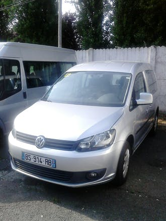 location volkswagen caddy 2011 diesel 7 places. Black Bedroom Furniture Sets. Home Design Ideas