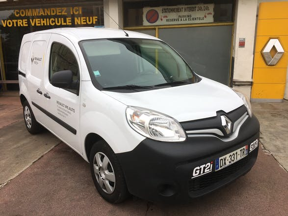 location renault kangoo 2016 diesel perpignan 37 avenue victor dalbiez. Black Bedroom Furniture Sets. Home Design Ideas