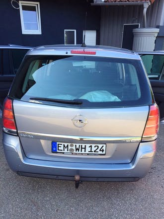 opel zafira 2006 diesel 7 sitze in elzach bahnhofstra e 3. Black Bedroom Furniture Sets. Home Design Ideas