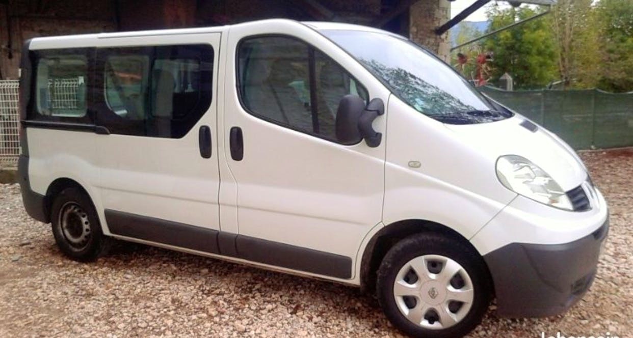 Renault Trafic Trafic  2 possibilte 6 places ou utulitaire avec Climatisation