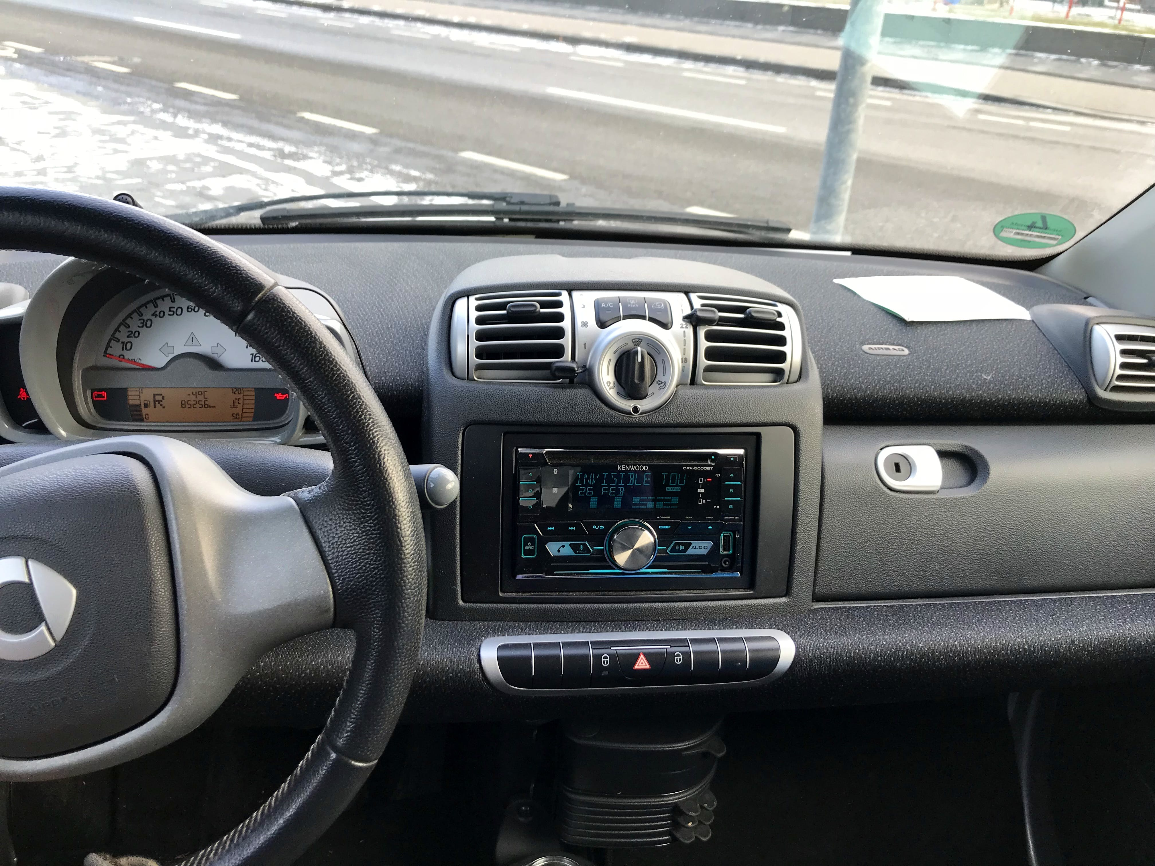 Smart Fortwo Cabriolet mit CD-Player
