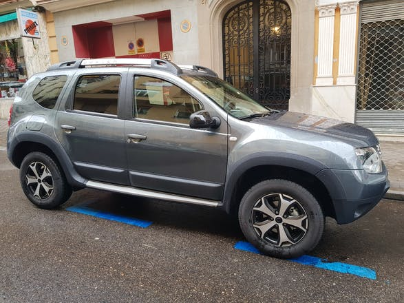 alquiler dacia duster 2018 en madrid calle de espronceda 17. Black Bedroom Furniture Sets. Home Design Ideas