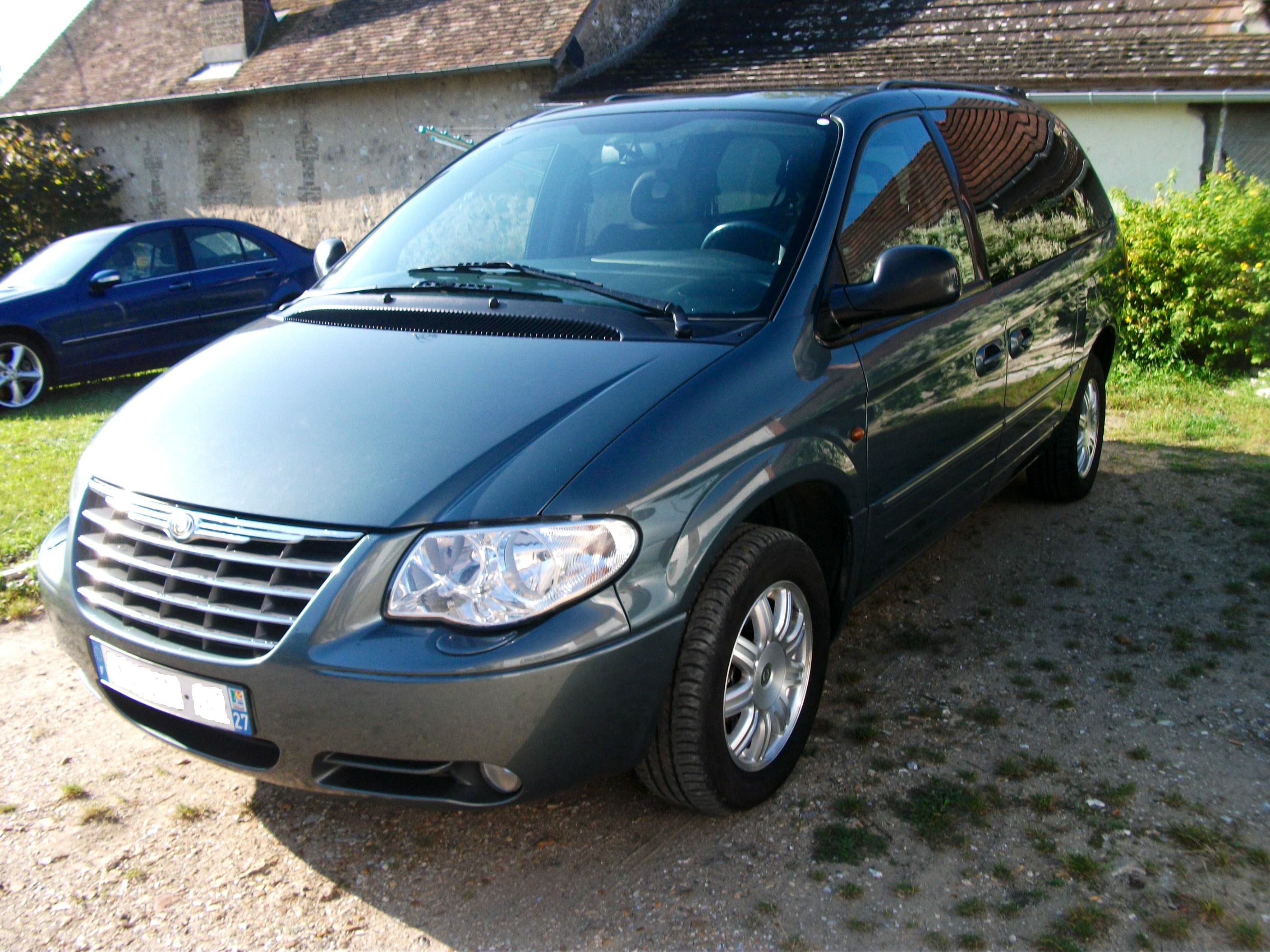 Chrysler Grand Voyager 7 vrai places et grand coffre, 2008, Diesel, automatique, 7 places