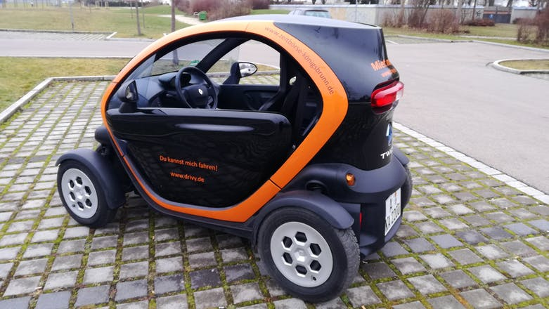 renault twizy 2013 elektroantrieb automatik in k nigsbrunn. Black Bedroom Furniture Sets. Home Design Ideas